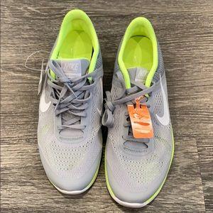 *NWT* Nike In-Season Training Shoe